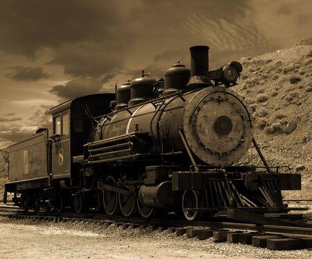 Alte Dampflokomotive auf einem Abstellgleis auf dem Comstock geparkt in Gold Hill, Nevada