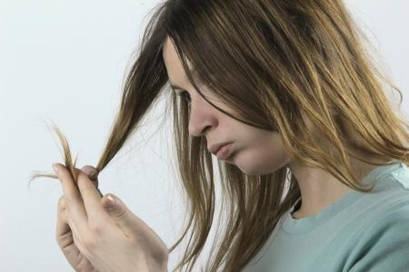 El cabello dañado Foto de archivo - 12696976