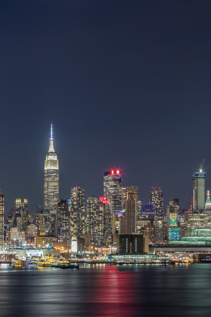 New York City Manhattan night view 新聞圖片