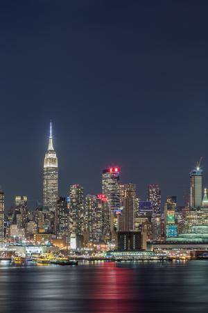 New York City Manhattan night view 報道画像