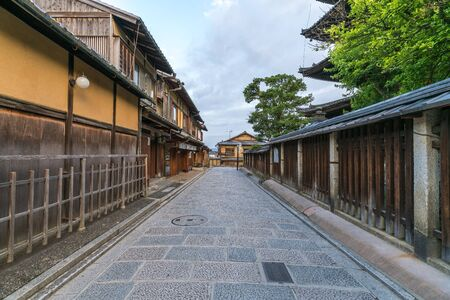Ninenzaka and Sannenzaka ancient street view in the morning 스톡 콘텐츠