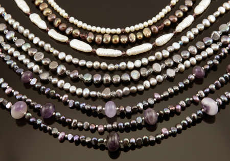 Necklesses perle