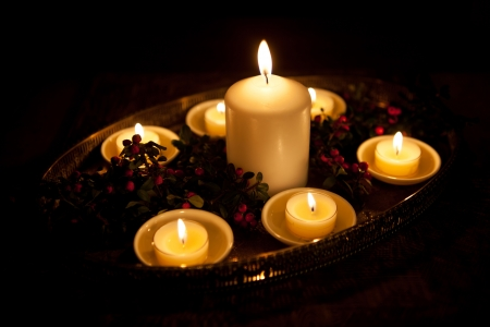 Candles Stock Photo - 16850747