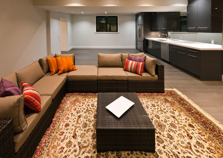 luxury room: Basement entertainment room in new luxury house