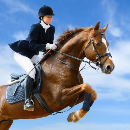 caballo jinete: Niña saltando con caballo acederilla
