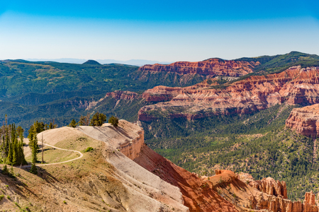monument valley view: Overlook of Cedar Breaks National Monument during the summer in Utah