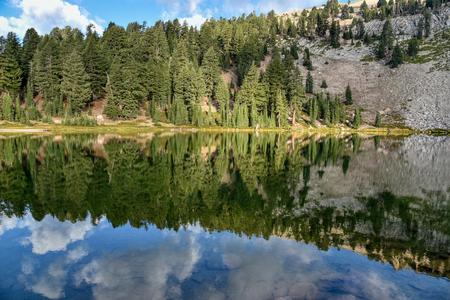 Reflection on Emerald Lake in Lassen Volcanic National Park, California Reklamní fotografie