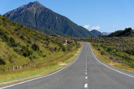 The Great Alpine Highway, a scenic byway in the South Island New Zealand Banco de Imagens