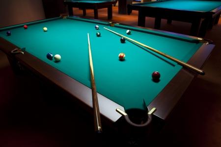 behind the scenes: Billiard table