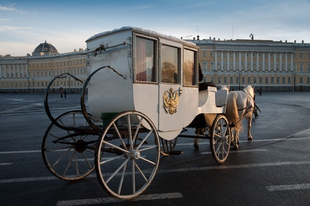 horse carriage: The carriage on the Palace Square in Saint-Petersburg. Russia