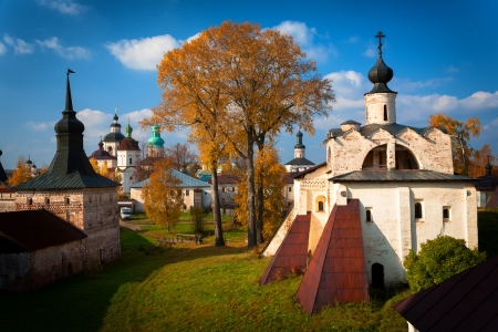the largest: Kirillo-Belozersky Monastery  Largest monastery of Northern Russia