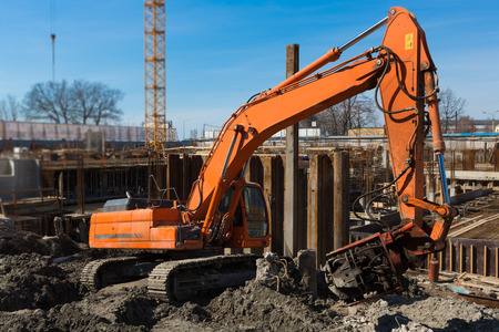 piling: Excavator on the construction site