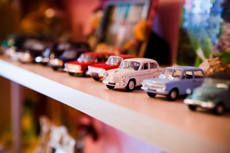 limbo: small car toy