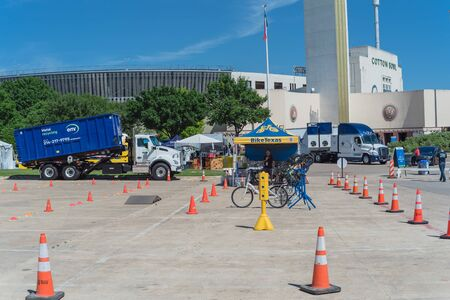 Cycling test drive and exhibition at EarthX world largest environmental experience Expo in Dallas Redakční