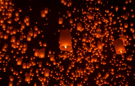 yeepeng: Floating lantern in Yee Peng festival, Buddhist floating lanterns to the Buddha  in Sansai district, Chiang Mai, Thailand. Stock Photo
