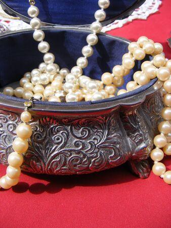Jewelry for use as ornaments shaped like an oval box Reklamní fotografie