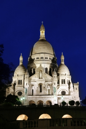 Sacre-Coeur Basilica by night, Paris photo