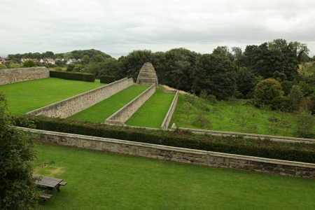 fife: Aberdour Castle and Gardens, Fife