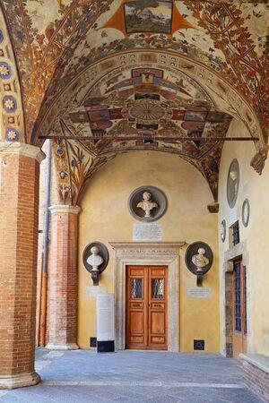 windlass: Siena - the courtyard of the Palazzo Chigi-Saracini