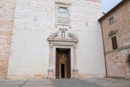 spello: SPELLO, ITALY - 29 JUNE, 2017: The outdoor facade of Spello Santa Maria Maggiore cathedral, Umbria. Editorial