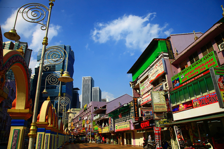 tun: KUALA LUMPUR, MALAYSIA - 21 JANUARY, 2014: Kuala Lumpur's Little India, Jalan Tun Sambanthan. Editorial