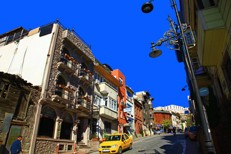 fatih: ISTANBUL, TURKEY - 09 SEPTEMBER, 2014: View of the Kucuk Ayasofya Mahallesi (Fatih).