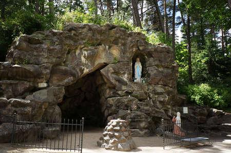 Palanga, Lithuania - 2015 June 15: Grotto of Birute in Palanga botanical park. Éditoriale