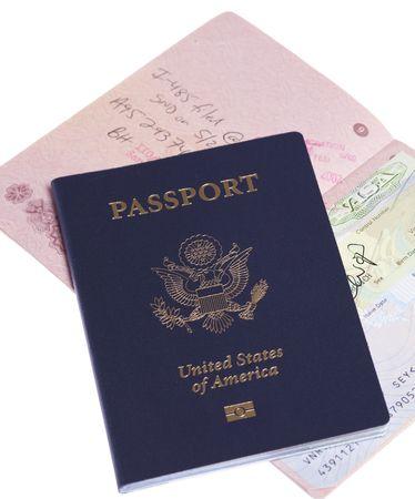 Rusland en de Verenigde Staten paspoorten op witte geïsoleerde achtergrond