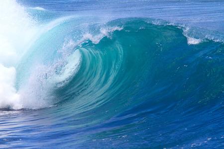 바다 파도의 그림. 인도양.