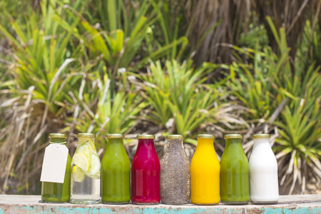 the juice: Organic cold-pressed raw vegetable juices in glass bottles