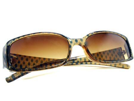 茶色のサングラス