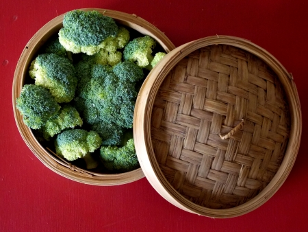 Broccoli in Bamboo Steamer