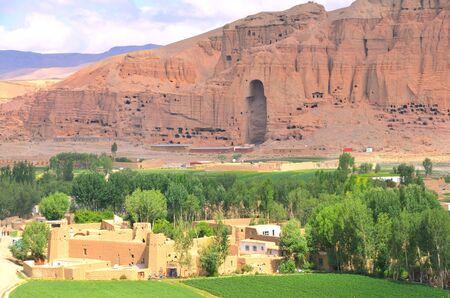 taliban: Giant Buddhas in Bamyan