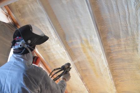 Polyurea Spraying, powlekanie pianką na dachu. Zdjęcie Seryjne