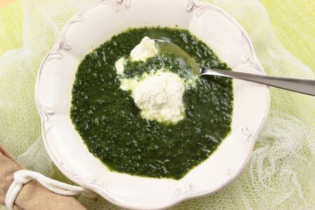 creamed: creamed spinach soup