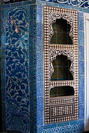 Built in cabinet decorated with traditional Iznik tiles and mother of pearl inlays in the Baghdad Pavillon in the Topkapi Palace