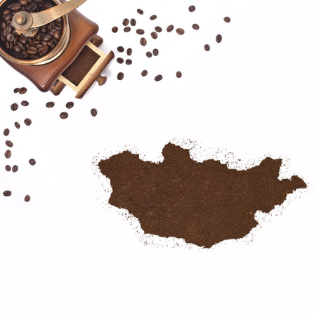 kibble: Coffee powder in the shape of Mongolia and a decorative coffee mill.(series)
