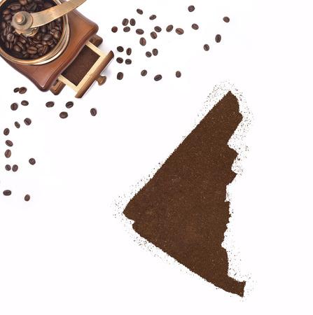 yukon: Coffee powder in the shape of Yukon and a decorative coffee mill.(series)