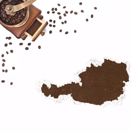 kibble: Coffee powder in the shape of Austria and a decorative coffee mill.(series)