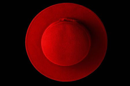 woman red hat on a black background Imagens