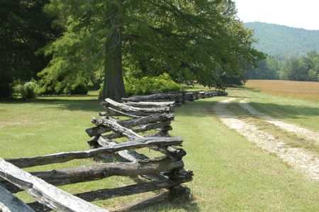 split rail: A colonial era split rail fence