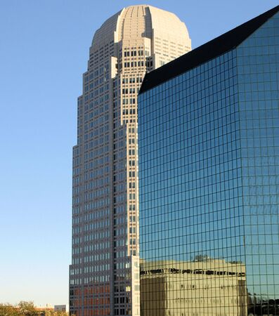 winston: Reflections of a tall building in Winston Salem, North Carolina Stock Photo