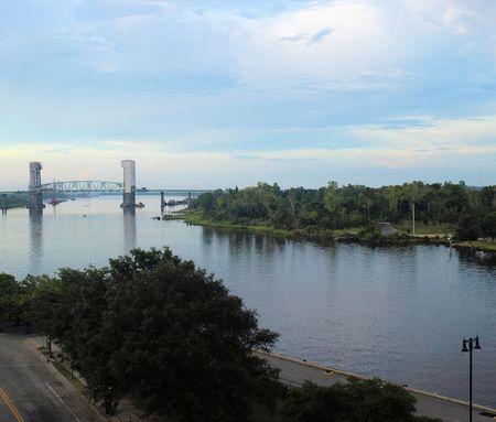 Cape Fear River in Wilmingotn North Carolina in the summer time. Фото со стока
