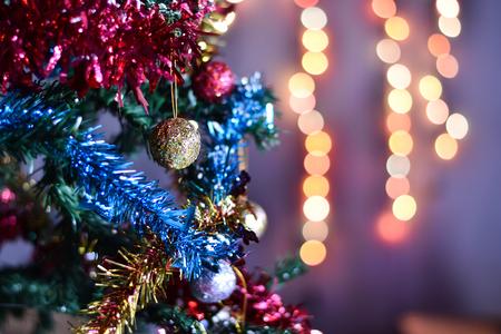 christmas ball on christmas tree with Blur light Background. 版權商用圖片