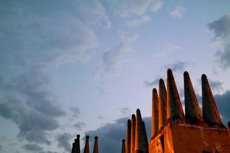 castles in clouds Standard-Bild - 101998157