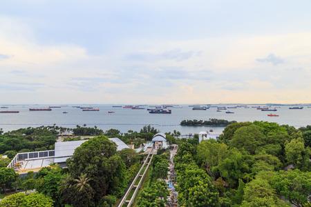 sky line: singapore sentosa express mono rail sky line