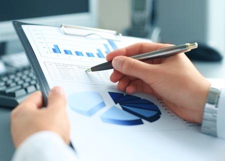 data analysis: Stock market graphs monitoring