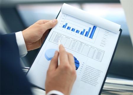 Börsen-Diagramme Überwachung Standard-Bild - 30790214