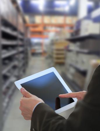 inventario: Empresario control de inventario en el mercado de Tablet PC