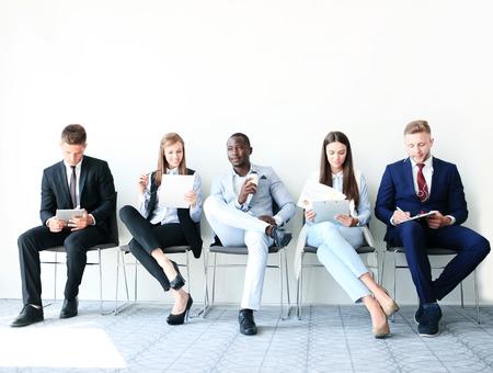 Personnes stressantes d'attente pour entretien d'embauche